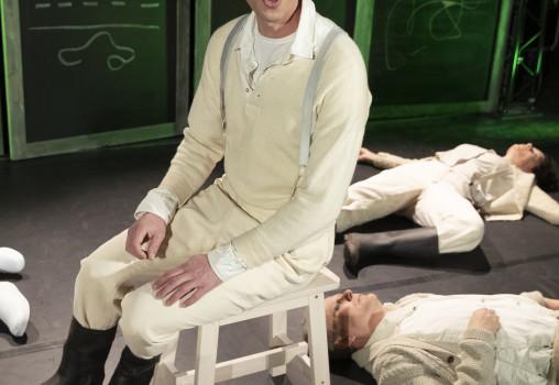 Porträtt på Jon Karlsson och ensemblen